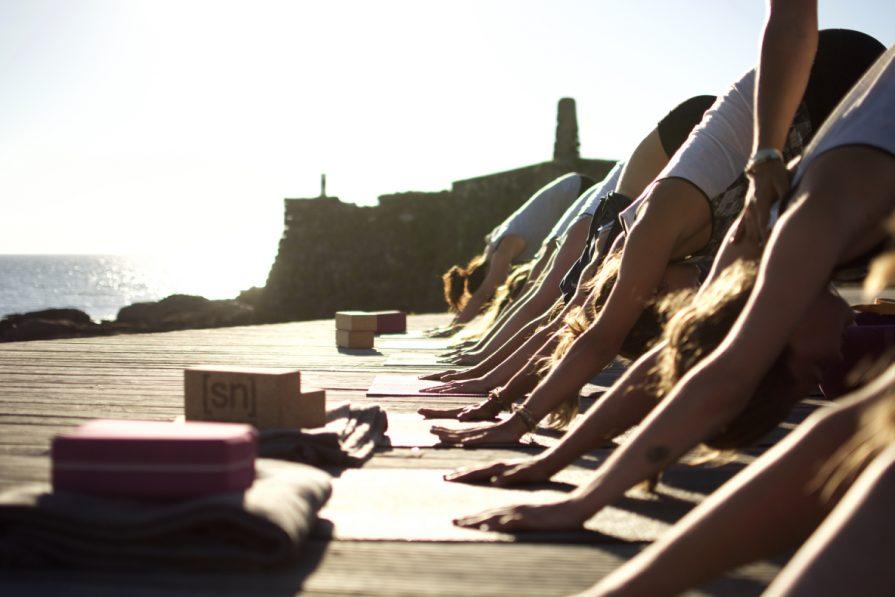 Yoga Yogaretreats und Surfen im Surfcamp