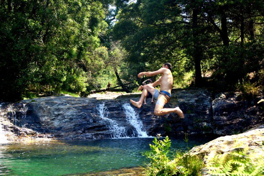 Ausflug zum Wasserfall mit dem Goodtimes Surfcamp