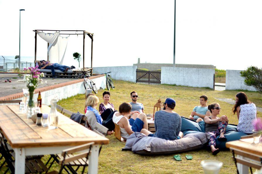 Surfcamp in Portugal wohnen am Strand