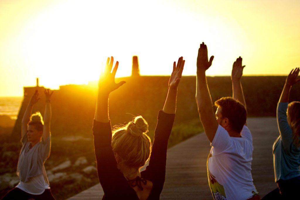 Yoga und Yogaretreats am Meer